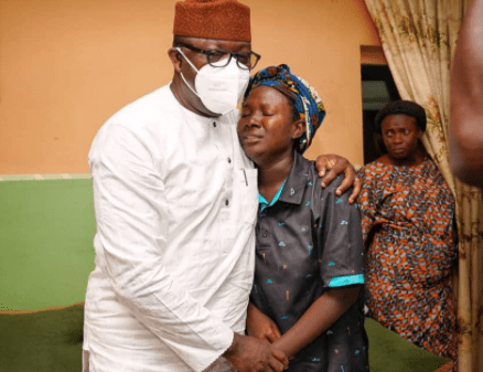 Ekiti state governor pays condolence visit to wife of air force personnel killed in Sunday