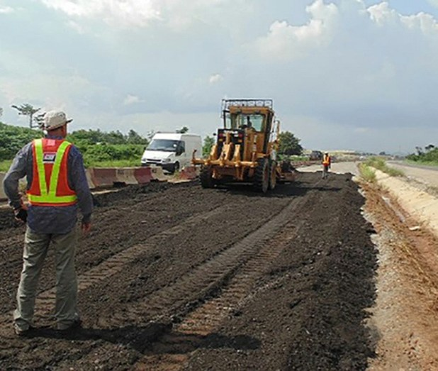 FG grants individuals license to build and maintain highways