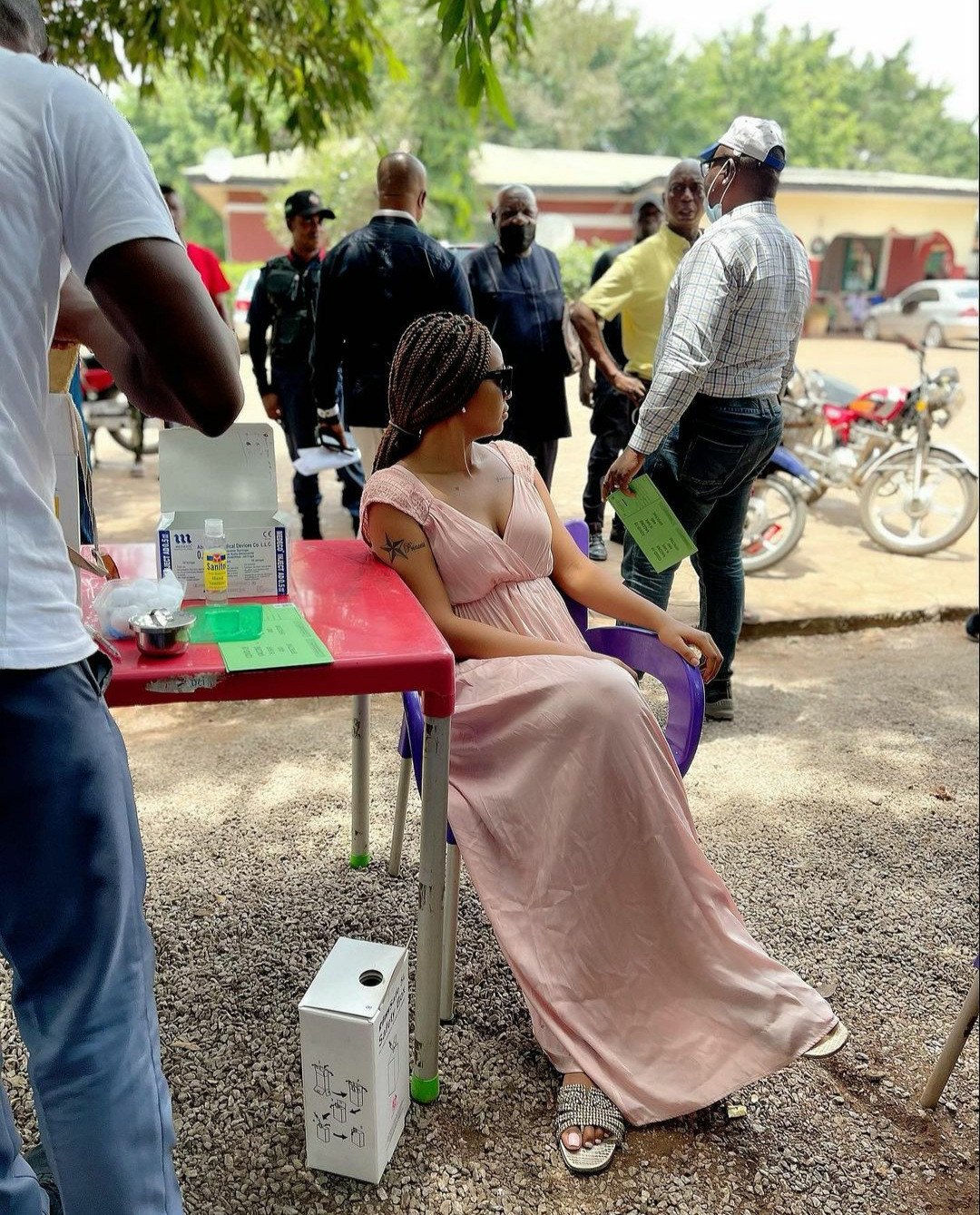 """""""No side effects"""" Regina Daniels writes as she shares photos of her taking the Covid-19 vaccine"""