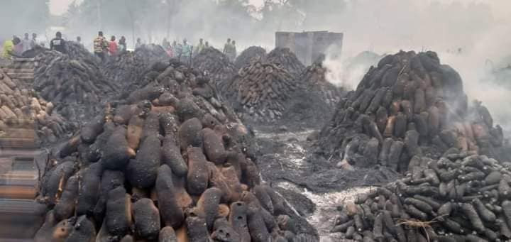 Farmers and traders count losses as fire razes popular yam market in Plateau state