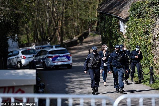 French billionaire tycoon, Bernard Tapie and his?wife are beaten and tied up by burglary gang in