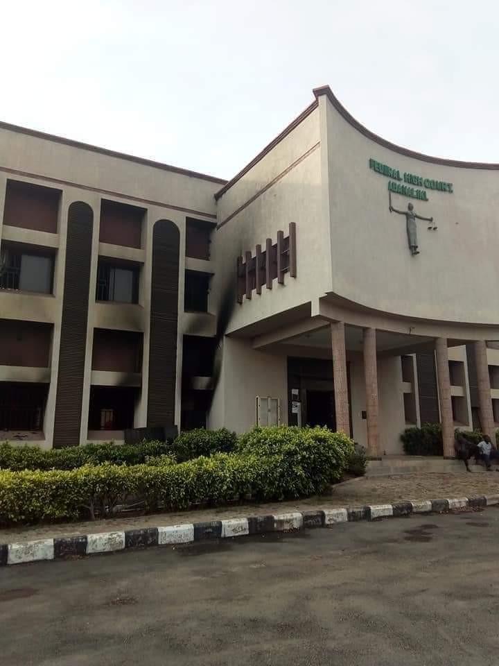 Gunmen raze Federal High court Abakaliki (photos)