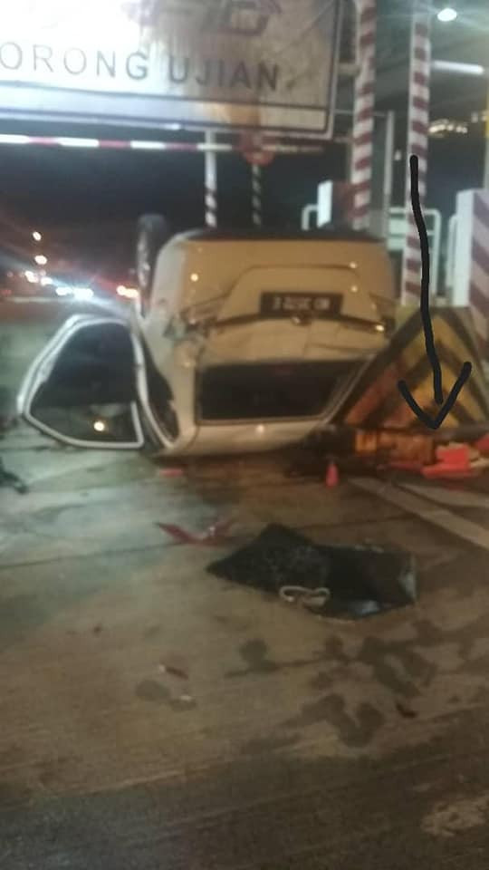 """I am alive"" - Nigerian man narrowly escapes death in ghastly auto crash"