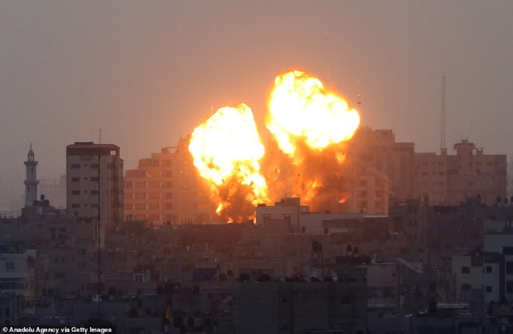 Israel warplanes unleash strikes in Gaza, killing 24 palestines including nine children (photos)