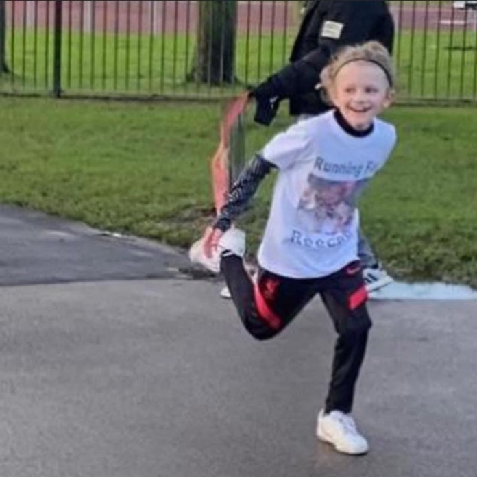 Boy killed by lightning
