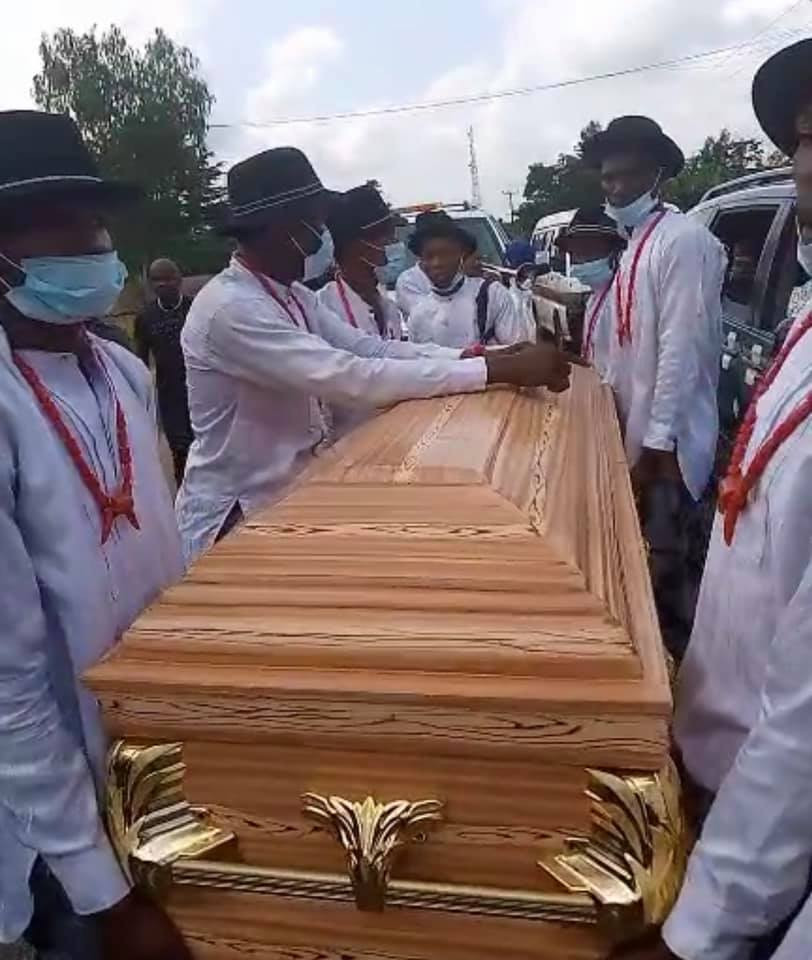 First photos from the funeral of comedienne, AdaJesus (photos)