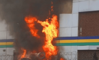 Gunmen set ablaze courts and police station in Imo community