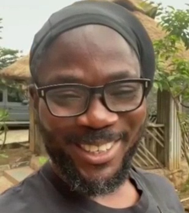 Daddy Showkey treks for over 6 hours from Ojodu to Ajegunle and he livestreamed it (video)