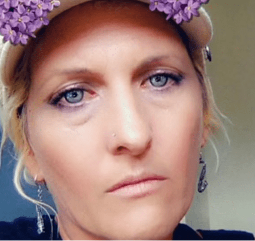 Mum mauled to death by pack of pit bulls while visiting friends' home