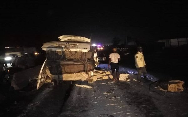 Pregnant woman, two others die in another Lagos-Ibadan road crash