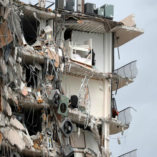 Update: Collapsed Florida condo was part of 2015 maintenance lawsuit where a resident complained the outer walls weren't being properly maintained