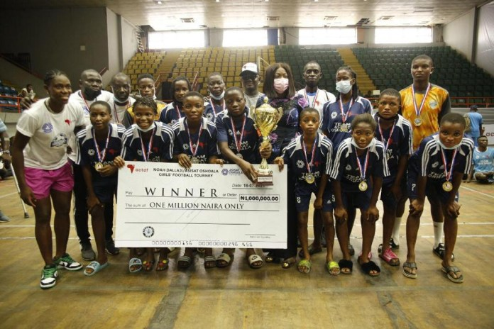 Mr P pulls top to thrill sports fans as Dallaji and Oshoala team up for girls and para soccer championship in Lagos (photos)