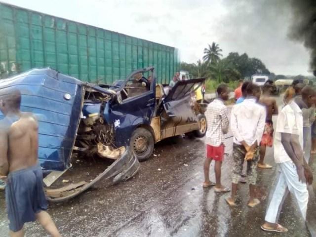 Four die, many injured in fatal auto crash in Delta