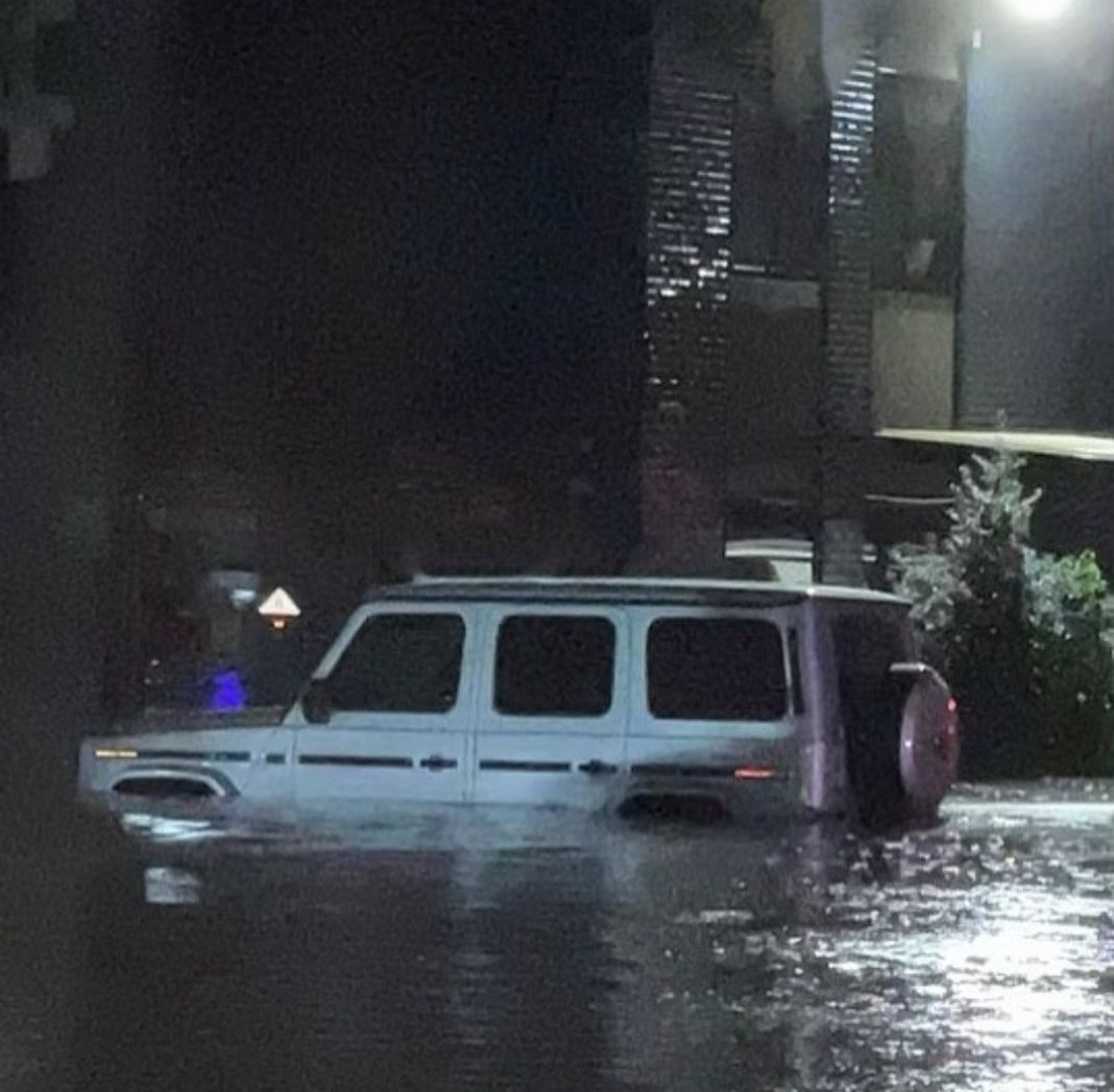 """""""Is the world coming to an end?"""" 50 Cent shares photos of his G-wagon submerged in water after flood overwhelms New York"""