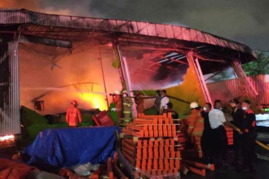 At least 41 dead after fire breaks out in overcrowded Indonesian prison (photos)