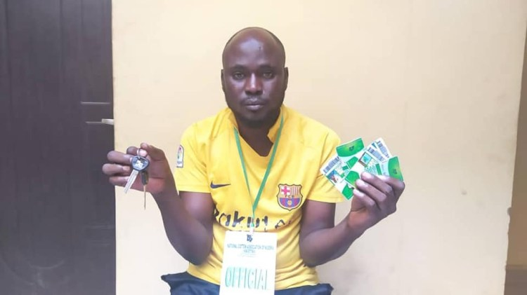 Police arrest suspected notorious fraudster who posed as CBN agent to dupe 64 people of N6m in Kano