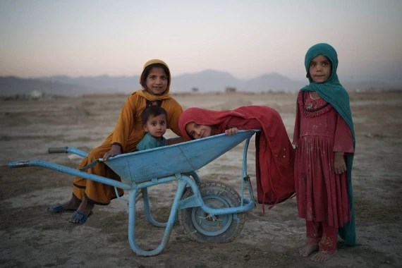 Donors pledge $1bn in aid for Afghanistan as UN warns of humanitarian crisis