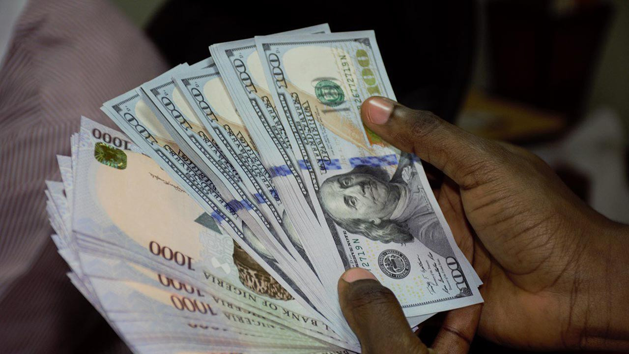 Naira's free fall continues, now exchanging at N550 to