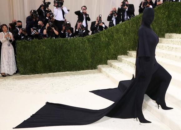 Piers Morgan slams Kim Kardashian, Serena Williams, Billie…