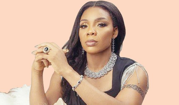 Dancer Kaffy loses her father
