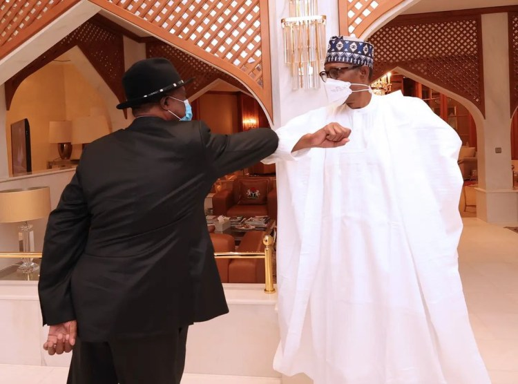 President Buhari in closed door meeting with Anambra state governor, Willie Obiano (photos)