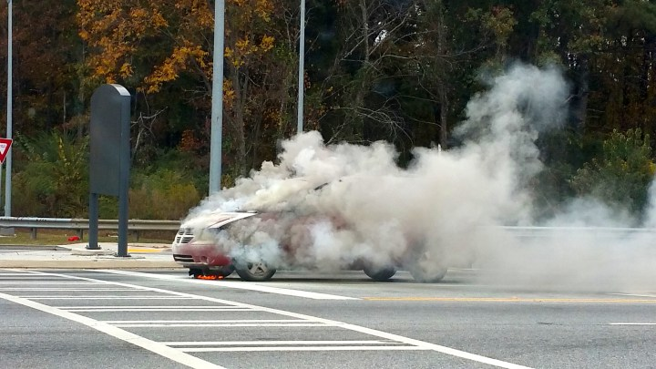 car-on-fire-in-atl