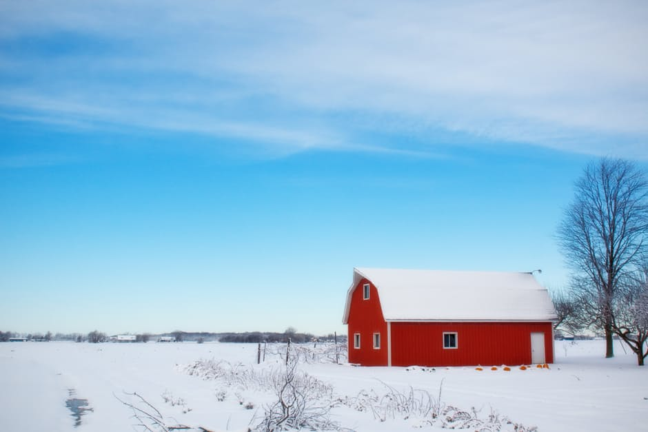 winter-barn-snow-rural-farm-39017.jpeg
