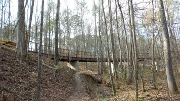 16-clayton-county-international-park-hiking-trail