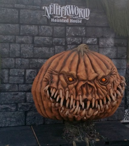 6 Netherworld Haunted House Pumpkin