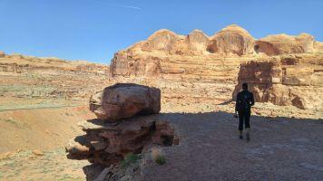 8.6 Alexis Chateau Corona Arches Hiking Trail Utah