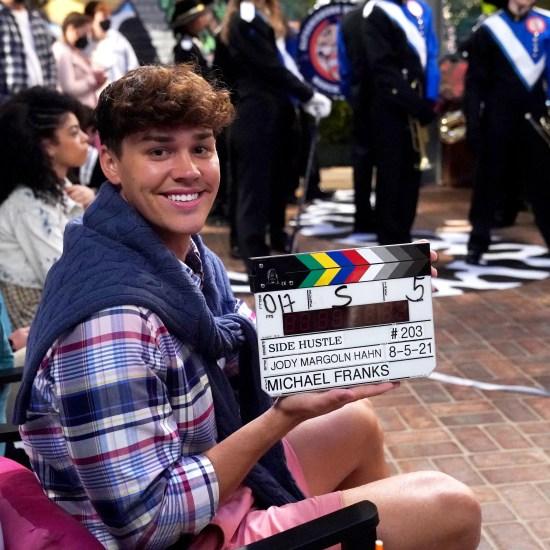 Noah Beck on set of Nickelodeon's Side Hustle