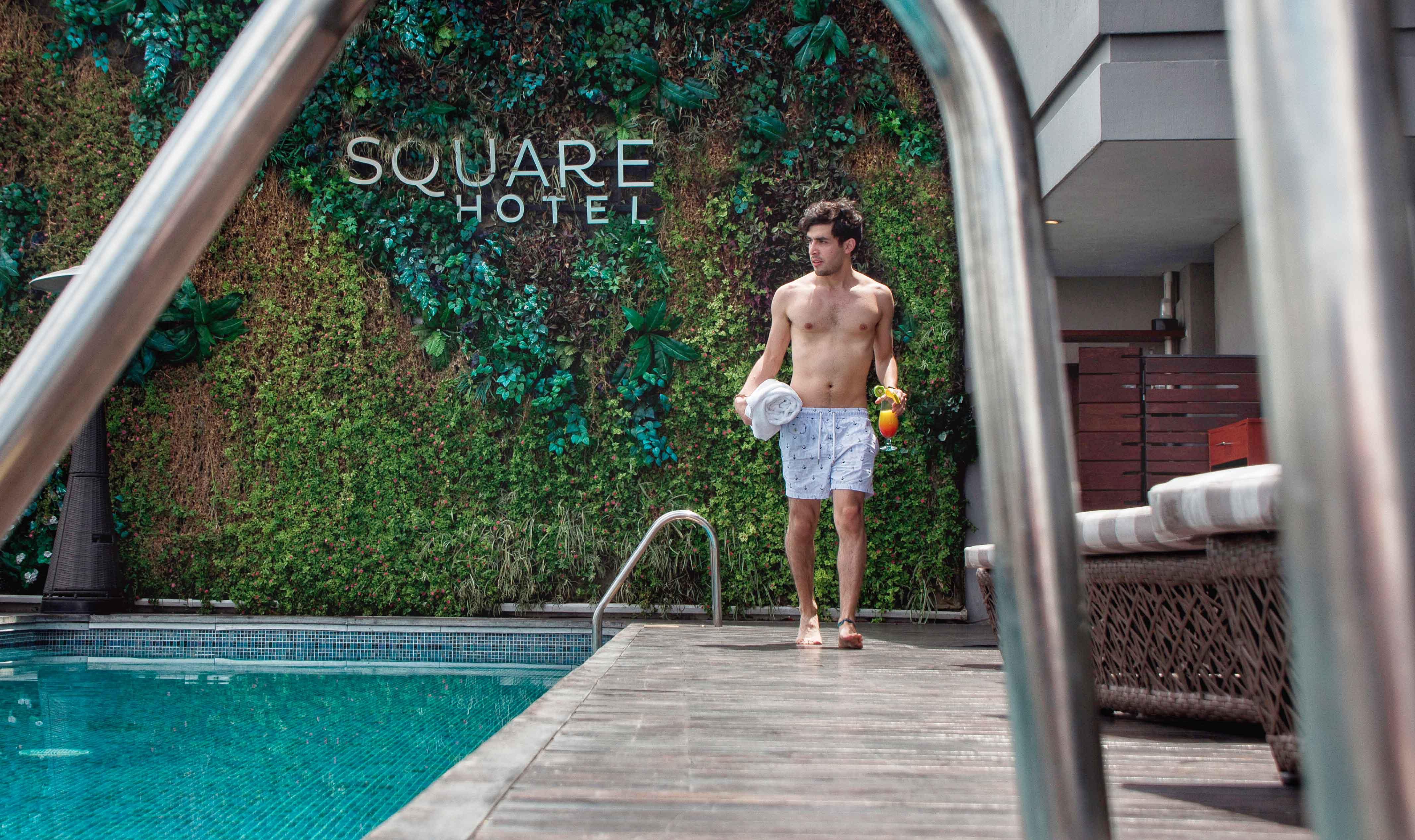 pool5-Square-Hotel-Luxury-Guadalajara-alex-jumper-bright