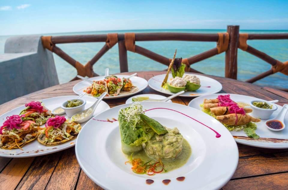 Las delicias gastronómicas que no te puedes perder en Holbox