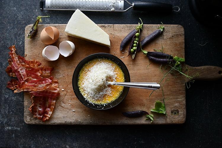 carbonara sos- Bucătăria Familiei mele- Alex Juncu