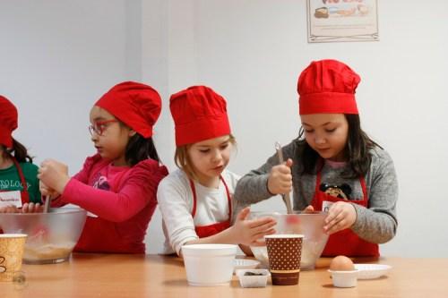 Atelier de gatit pentru copii- cookies