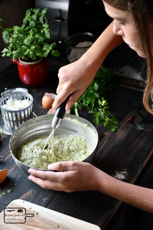 Aluat pancake cu mazăre- Bucătăria familiei mele - www.alexjuncu.ro