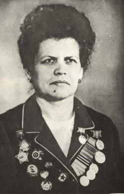 Нина Михайловна Иванцова 1975 г