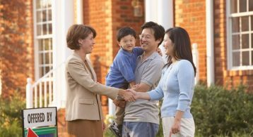 5 Reasons to Sell Your House This Summer | Simplifying The Market