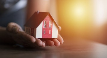 Why Selling Your House on Your Own in 2021 Is a Mistake | Simplifying The Market