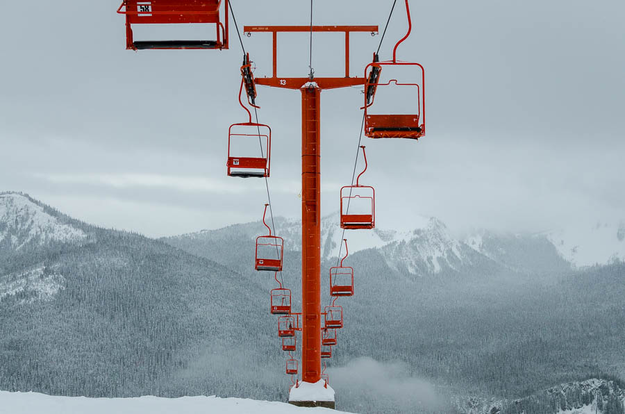 An empty chairlift at Manning Park Resort