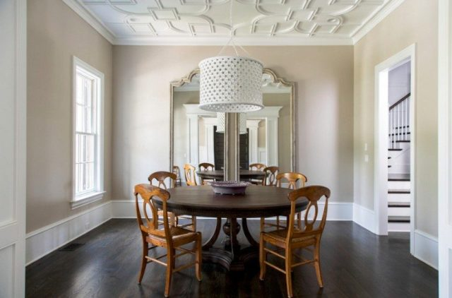 Dining room ceiling pattern