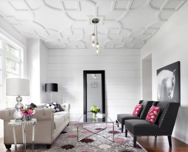 Plain Plaster ceiling pattern in living room