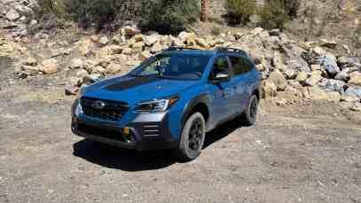 2022-Subaru-Outback-Wilderness-01