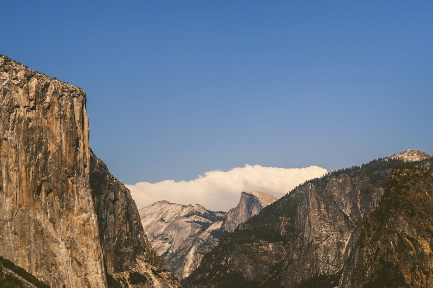 Midday light at Yosemite Tunnel View