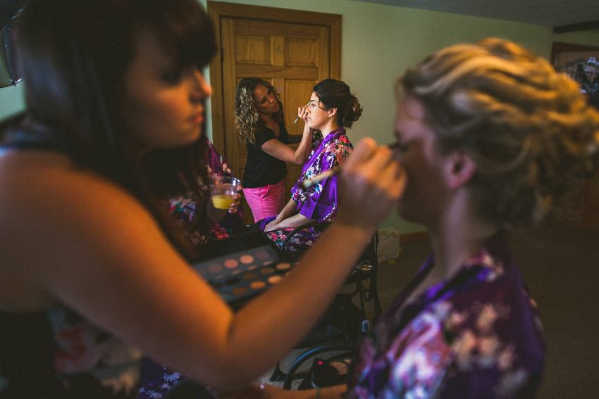 Bridesmaids wedding preparation