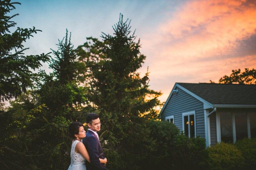 Beautiful sunset whitecliffs country club wedding portrait