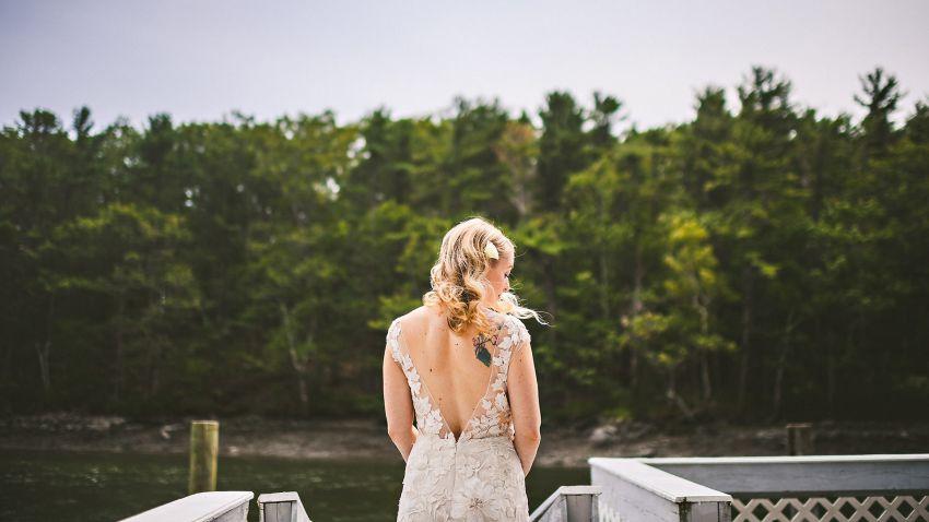 Bridal portrait in Kittery