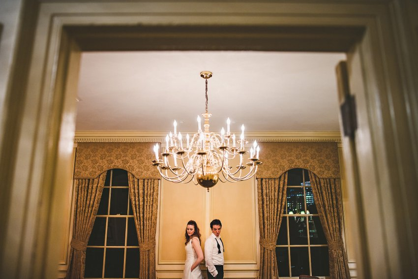 Creative Hampshire House wedding portraiture