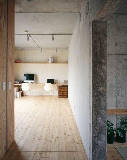 Naruse Inokuma Architects + Hiroka Karibe Setgaya Flat #4