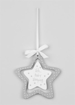 bedroom-hanging-stars-plaque